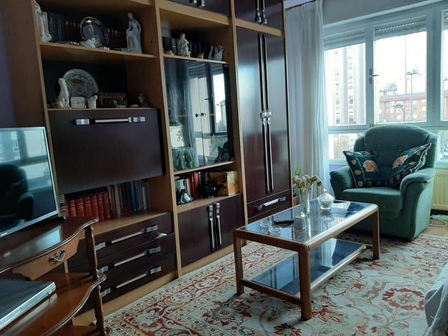 Apartamento de 3 habitaciones en Gijón en venta con garaje - 135.000 € (Ref: 5807107)
