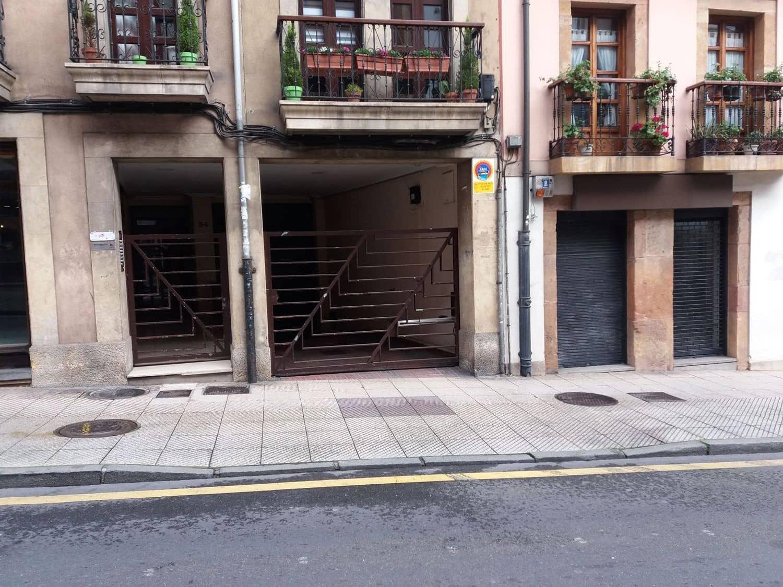 Garaż na sprzedaż w Oviedo - 12 500 € (Ref: 6023055)