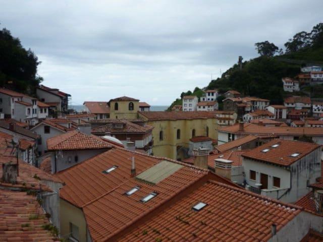 2 makuuhuone Omakotitalo myytävänä paikassa Cudillero - 65 000 € (Ref: 6097524)