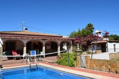 4 bedroom Villa for sale in Lliria with pool garage - € 160,000 (Ref: 5452464)