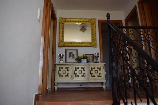4 camera da letto Villetta a Schiera in vendita in Turis con piscina garage - 180.000 € (Rif: 6006695)