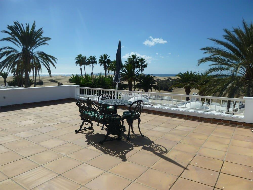 3 makuuhuone Huvila myytävänä paikassa Playa del Ingles mukana uima-altaan  autotalli - 1 400 000 € (Ref: 4419007)