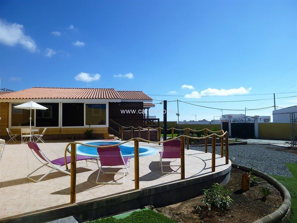 Finca/Casa Rural de 3 habitaciones en El Salobre en venta con piscina - 420.000 € (Ref: 4707625)