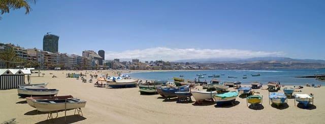 4 soveværelse Byhus til salg i Las Palmas de Gran Canaria - € 399.000 (Ref: 5419777)