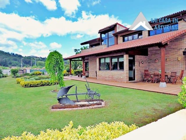5 sovrum Villa till salu i Grado med garage - 580 000 € (Ref: 5409210)