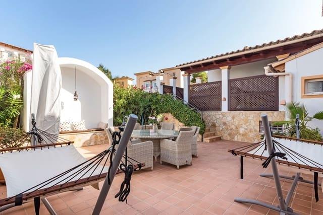 Adosado de 3 habitaciones en Es Camp De Mar / El Camp De Mar en venta con piscina - 645.000 € (Ref: 5545252)