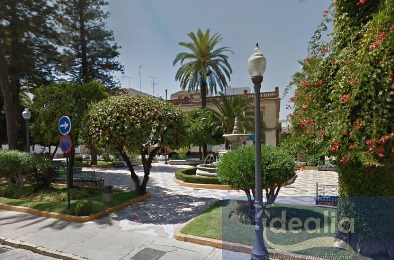 2 slaapkamer Commercieel te huur in Dos Hermanas - € 5.000 (Ref: 5248574)
