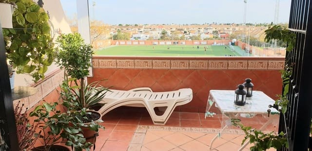 Apartamento de 2 habitaciones en Bormujos en venta - 125.000 € (Ref: 5973457)