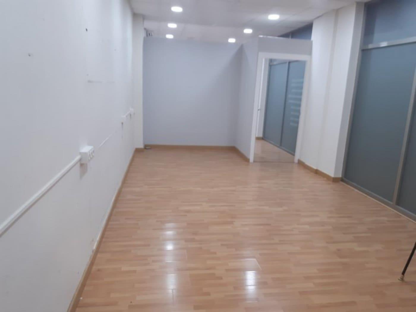 Commercieel te huur in Monovar / Monover met garage - € 500 (Ref: 5388997)