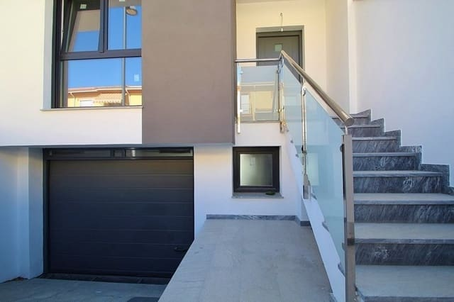 3 chambre Villa/Maison Mitoyenne à vendre à Belicena avec piscine garage - 165 000 € (Ref: 4169372)