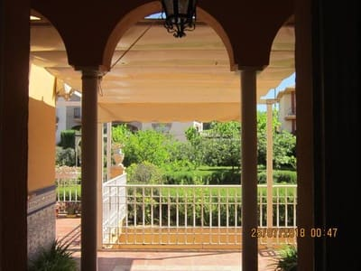 4 bedroom Villa for sale in Peligros with pool garage - € 240,000 (Ref: 4916470)