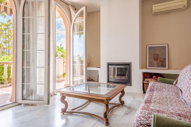 5 chambre Appartement à vendre à Gojar avec piscine garage - 180 000 € (Ref: 5321000)