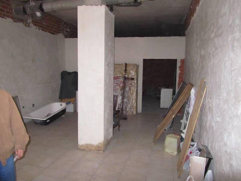 Kommersiell att hyra i Valladolid stad - 400 € (Ref: 3697680)