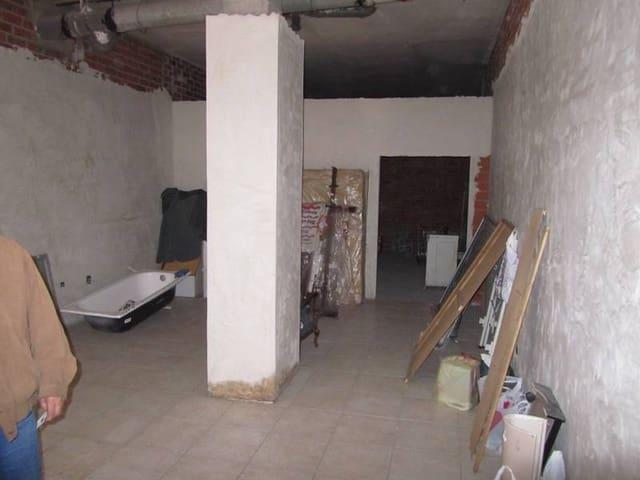 Kommersiell til leie i Valladolid by - € 400 (Ref: 3697680)