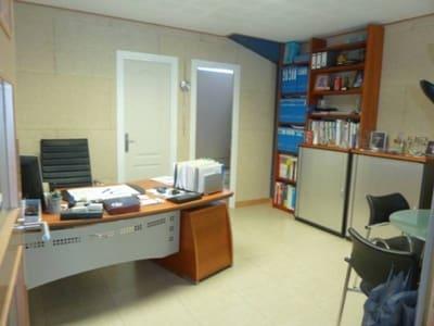Local Comercial en Valladolid ciudad en venta con garaje - 93.267 € (Ref: 3697704)
