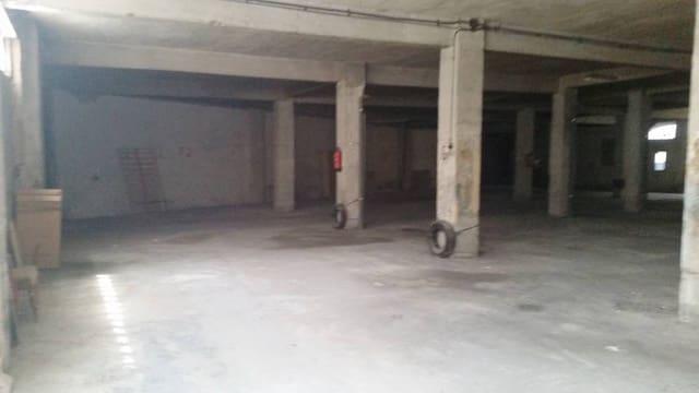 Garage till salu i Valladolid stad - 470 000 € (Ref: 3697765)