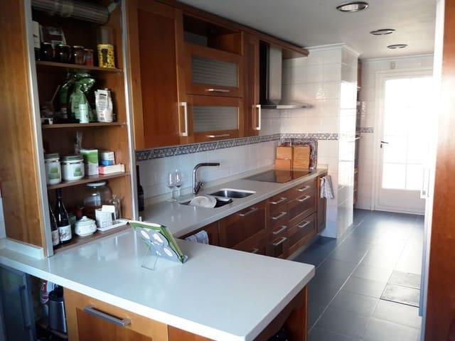 4 sovrum Semi-fristående Villa till salu i Arroyo de la Encomienda med garage - 305 000 € (Ref: 3698160)