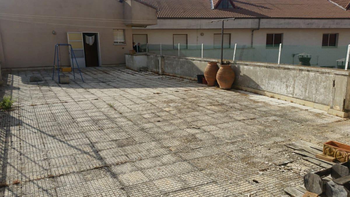 5 sovrum Hus till salu i Medina de Rioseco med garage - 370 000 € (Ref: 5034935)