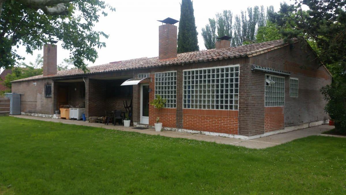 4 sovrum Finca/Hus på landet till salu i Tudela de Duero med pool garage - 469 000 € (Ref: 5076645)