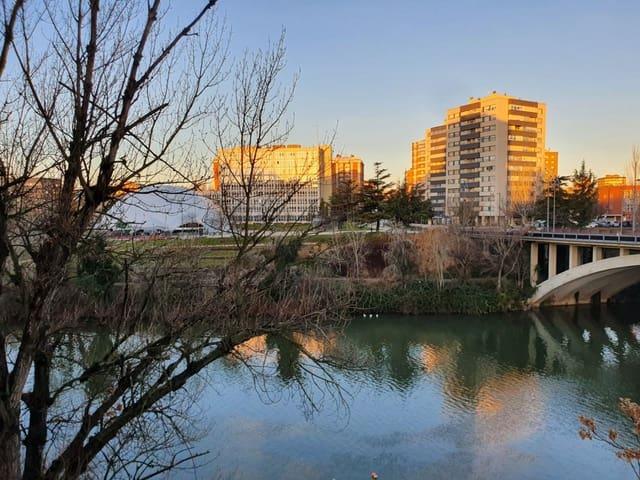4 soveværelse Kontor til leje i Valladolid by - € 400 (Ref: 5834669)