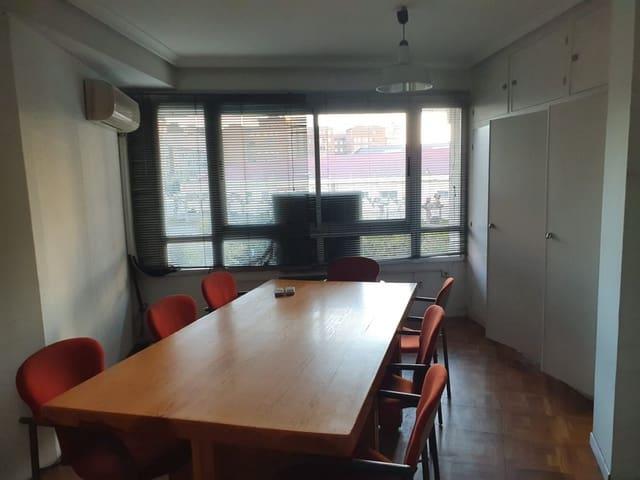 4 soverom Kontor til leie i Valladolid by - € 400 (Ref: 5834669)