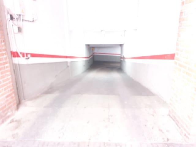 Garaż do wynajęcia w Miasto Valladolid - 100 € (Ref: 5853040)