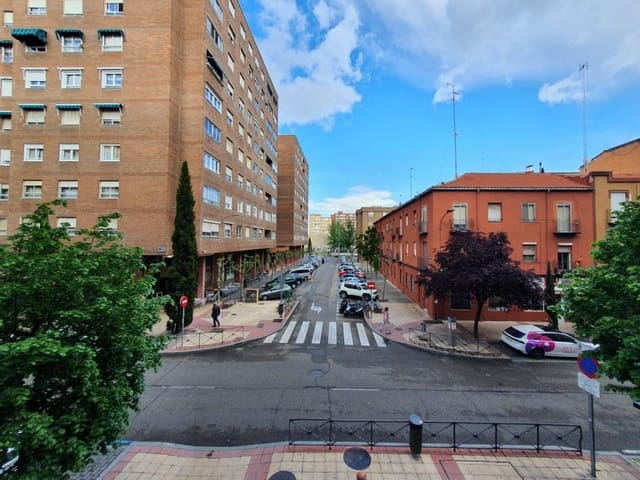 2 bedroom Flat for rent in Valladolid city - € 650 (Ref: 6041930)