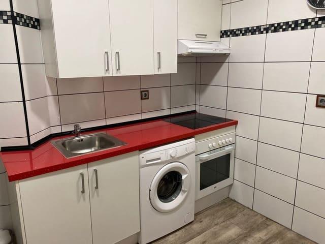 3 slaapkamer Flat te huur in Valladolid stad - € 500 (Ref: 6044469)