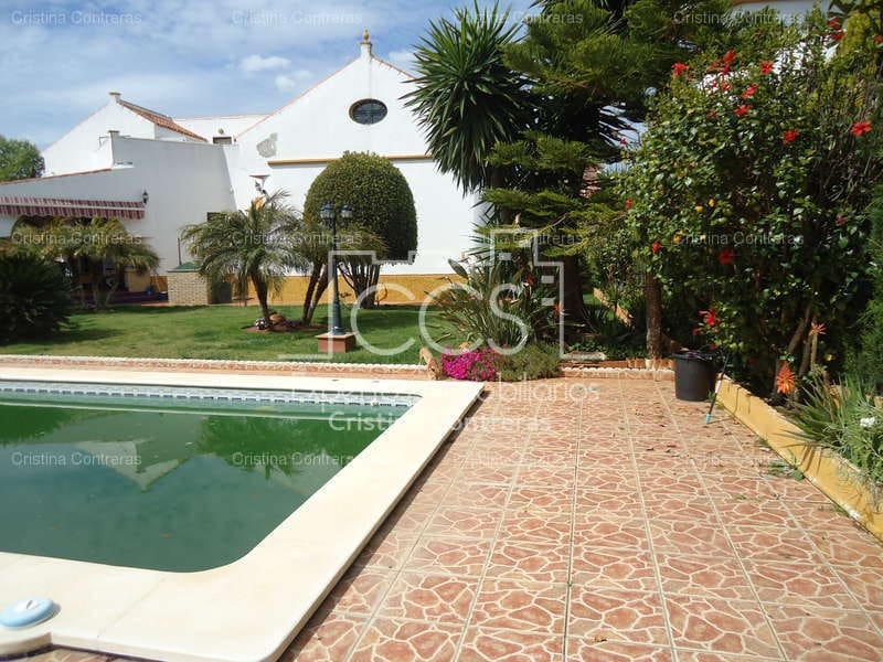 7 sypialnia Willa na sprzedaż w Espartinas z basenem garażem - 490 000 € (Ref: 3733593)