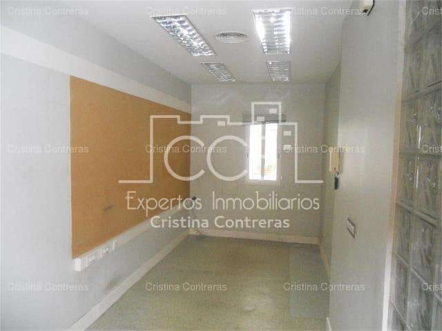 Kontor att hyra i Sevilla stad - 750 € (Ref: 3733917)
