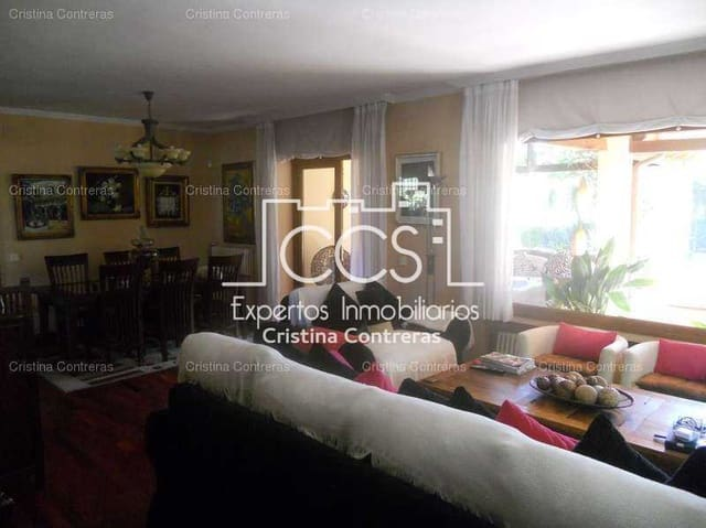 Chalet de 5 habitaciones en Tomares en venta con piscina garaje - 550.000 € (Ref: 4884990)