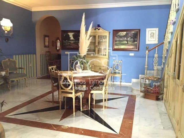 5 chambre Maison de Ville à vendre à Villamanrique de la Condesa avec garage - 259 500 € (Ref: 5972925)