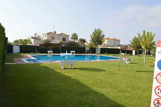 2 sovrum Radhus till salu i Playa Flamenca med pool - 132 000 € (Ref: 5724684)