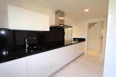 3 sypialnia Dom blizniak na kwatery wakacyjne w Finestrat z basenem garażem - 1 200 € (Ref: 5287598)