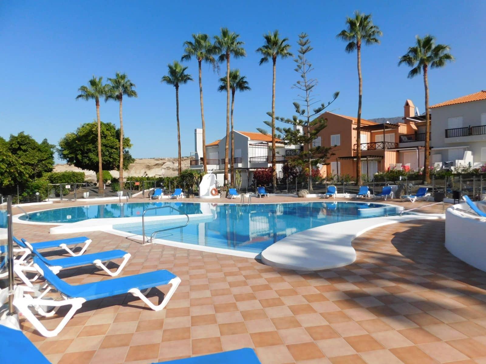 1 soverom Leilighet til salgs i Costa Adeje med svømmebasseng garasje - € 245 000 (Ref: 5674996)