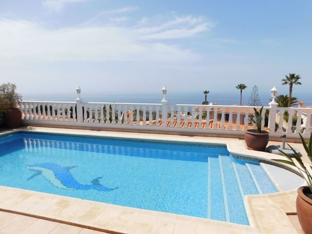 4 soveværelse Villa til salg i Los Gigantes - € 1.149.000 (Ref: 5976514)