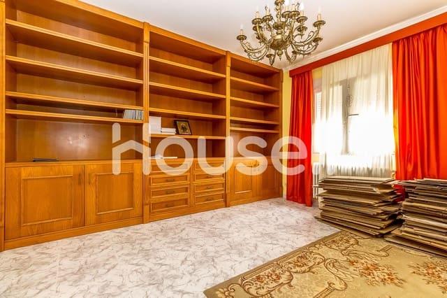 8 sovrum Villa till salu i Tomelloso - 91 000 € (Ref: 5863479)
