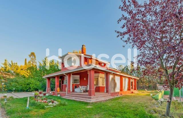 4 Zimmer Villa zu verkaufen in Laguna de Duero mit Pool - 699.300 € (Ref: 5863893)
