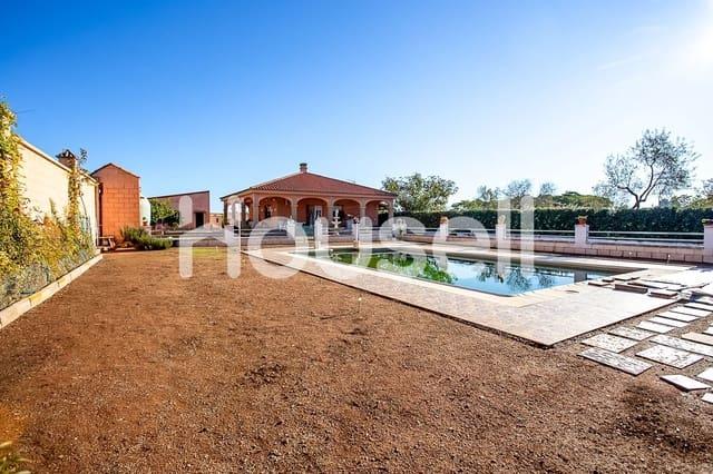 3 soverom Villa til salgs i Almendralejo med svømmebasseng - € 299 900 (Ref: 5864091)