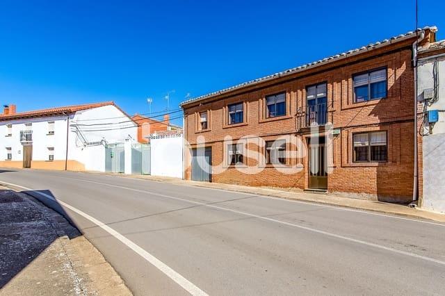 Chalet de 5 habitaciones en Gordaliza del Pino en venta - 49.900 € (Ref: 5864183)