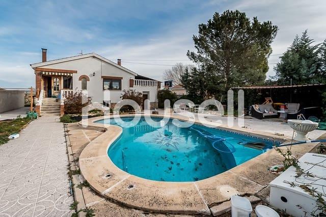 Chalet de 5 habitaciones en Torrejón del Rey en venta con piscina - 236.000 € (Ref: 5903216)