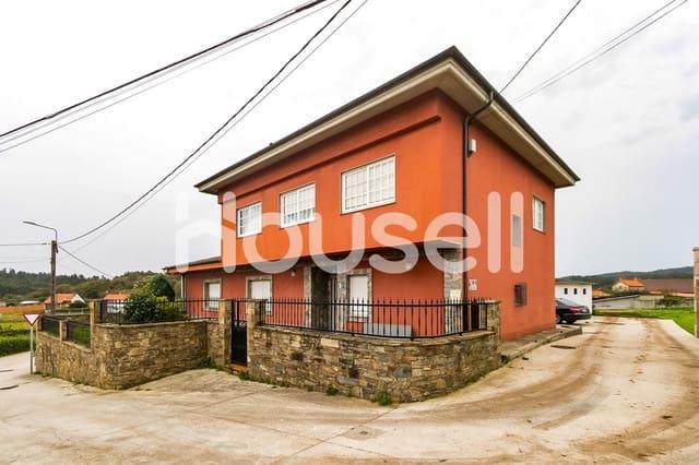 Chalet de 7 habitaciones en Carballo en venta - 250.000 € (Ref: 5905031)