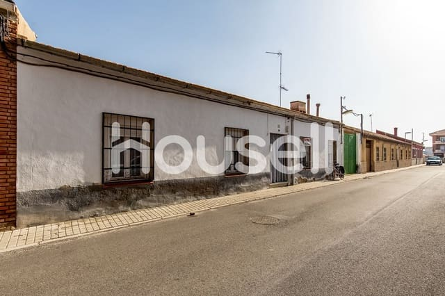 Chalet de 4 habitaciones en Sonseca en venta - 99.999 € (Ref: 5910111)
