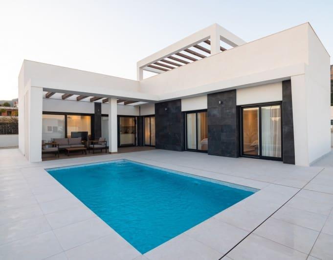 Chalet de 3 habitaciones en Polop en venta con piscina garaje - 320.000 € (Ref: 5055249)
