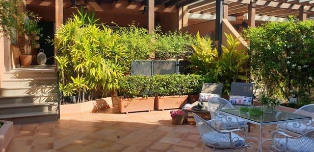 5 soverom Kjedet enebolig til leie i Los Monteros med svømmebasseng garasje - € 2 200 (Ref: 5963994)