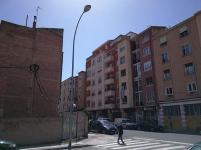 3 bedroom Flat for sale in Logrono - € 58,600 (Ref: 5481712)