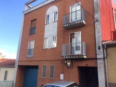 3 bedroom Flat for sale in Salamanca city - € 82,000 (Ref: 5482573)