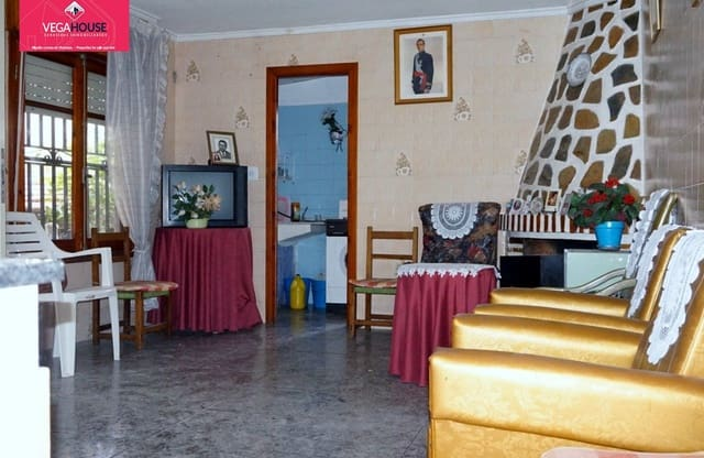3 Zimmer Haus zu verkaufen in Arneva - 69.000 € (Ref: 5736273)