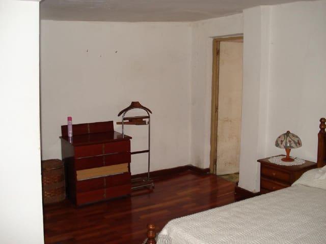 3 Zimmer Reihenhaus zu verkaufen in Santa Cruz de Bezana - 60.000 € (Ref: 5741321)