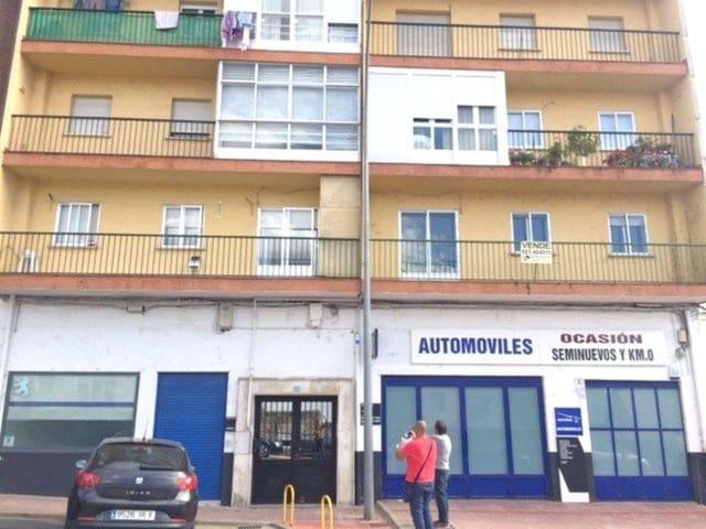 3 Zimmer Wohnung zu verkaufen in Bejar - 46.000 € (Ref: 5742128)